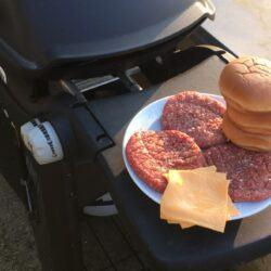 hjemmelavet burger bøf